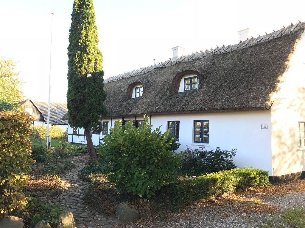 Mit hus på landet, mellem Faxe, Køge og Haslev